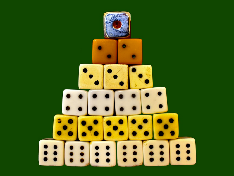 blog post - 4 Online Casino Games That Offer Free Play for Novice Players